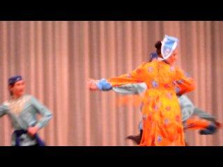 отчетный концерт,9 класс. Татарский танец