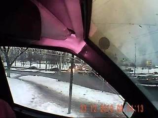 ГАИ вытянул иводителя из машины за просьбу показать служебное удостоверение!