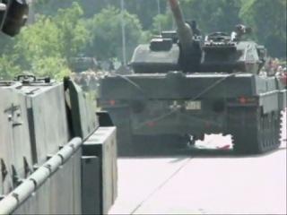 Немцы жгут!    Леопард 2 и Тигуан смотреть всем !!!!