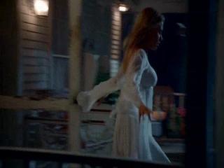 Музыка Within Temptation-Dertroyed.Видео к сериалу Настоящая кровь.Вампирские страсти.1 часть.