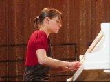 Аксинья Вержак исполняет Рапсодию №3 Листа