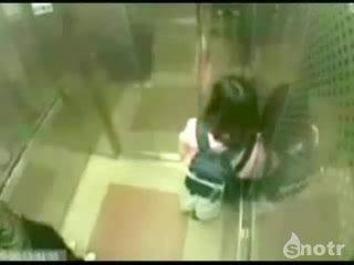 педофил и девочка в лифте драка уебан ненавижу пидафилов убить их нахуй секса захотелось кончяй!