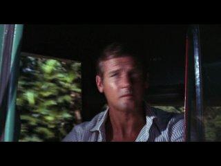 8. Джеймс Бонд. 007: Живи и Дай Умереть /  James Bond. 007: Live and Let Die (1973)