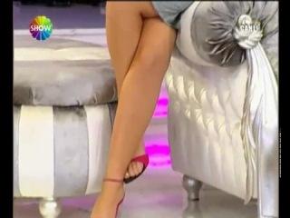 Petek Dinçöz - Bacak Show