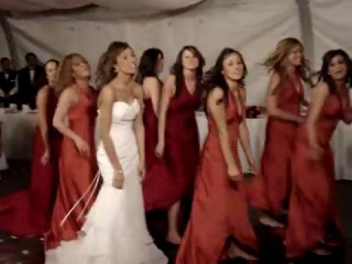 Веселые танцы на свадьбе!