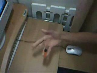 Владение ручкой в совершенстве, кому дома делать не хуй...