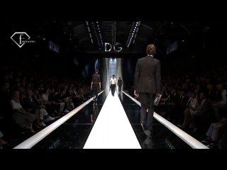Dolce & Gabbana - Milan Men Spring-Summer 2010