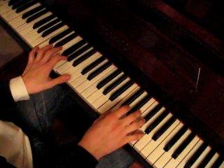 Игра на пианино. Музыка из фильма Хатико-Самый верный друг.