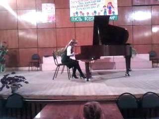 Моё выступление в музыкальной школе))) Пахульский- Фантастическая сказка))