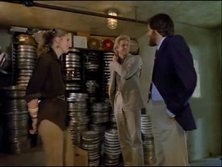Крупинки / Scruples (1980)
