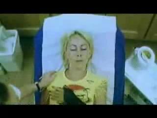 Эпиляция зоны бикини )))САМОЕ УГАРНОЕ ГДЕ-ТО С СЕРЕДИНЫ ))