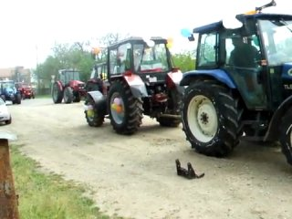 МТЗ 820.2 vs New Holland TL90