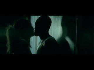 Akon-right now na na Копро клип!