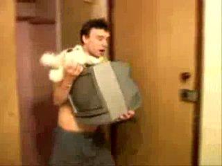 Нас топят, держи банан, бери телевизор, спасай мишку, бросай меня и лезь в шкаф - Все лучшее в группе: Доктор Айвисит