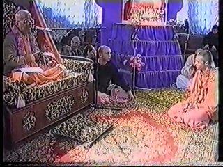 ЕС Гопал Кришна Госвами. Инициация. Питер, 13.01.1995
