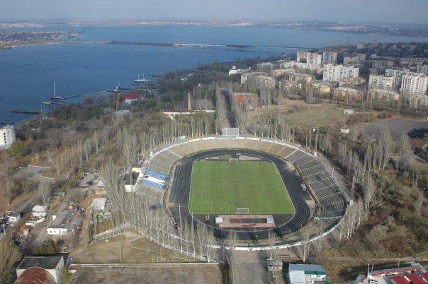 места по футболу