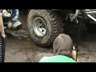Как быстро накачать шину (6 sec)