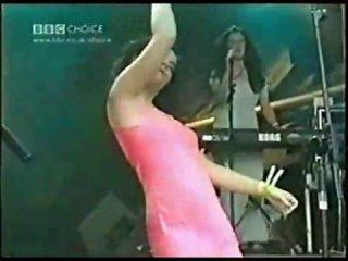 Bj'O'rk - Human Behaviour - Live @ Glastonbury Fest 1994