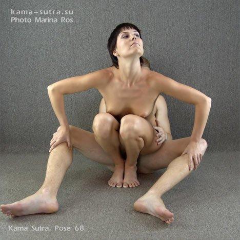 hudenkuyu-bryunetku-ebut-dvoe-negrov