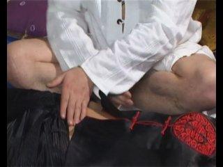 Тайский массаж (Роберт Илинскас)