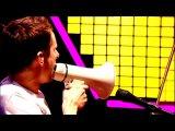 Muse - Feeling Good (HD) Glastonbury 2010