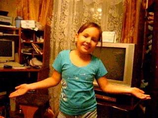 Голосуйте за мою сестрёнку www.miel-pops.ru/konkurs/#/player?491