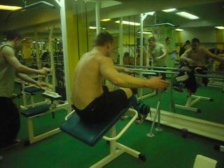 Работа на мышцы живота Кирилла Исаева 17.03.2011 г.