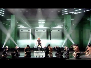 Mylene Farmer - Oui Mais... Non (NRJ Music Awards 2011)