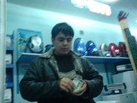 Анвар Зайнабидинов, Асака