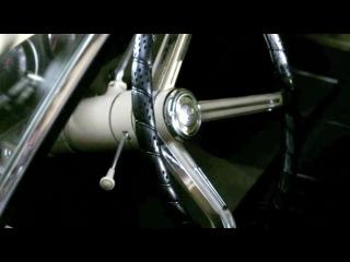 Красавец Дин Винчестер и самая шикарная тачка в Мире импала!!!из сериала сверхъестественное!!!прям также любуюсь своей тачкой!!!и у меня такой же раритет!!!