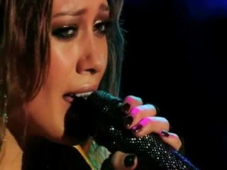 Hilary Duff - Someone's Watching Over Me (Live Dignity Tour)