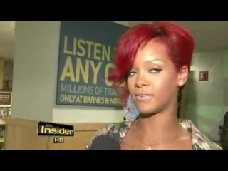 Rihanna talks with E! about Katy Perry