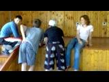 Танцующие попки=D