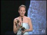 Хелен Хант получает Оскар за лучшую женскую роль в фильме