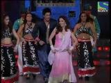 выступление Шахрукх Кхана и Мадхури на вручении наград Filmfare 2011