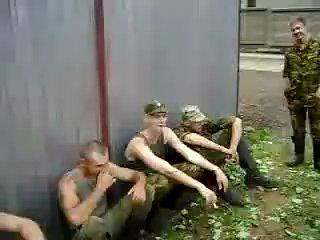 Дедовщина в армии (жесть)