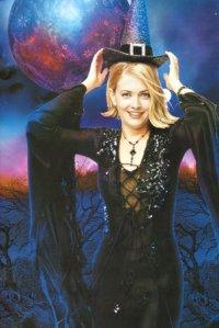 Смотреть Сабрина - маленькая ведьма Sabrina, the