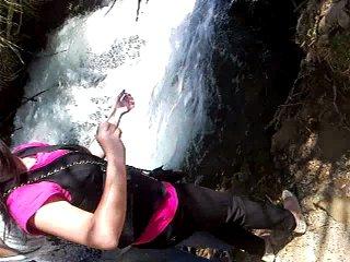 Анекс тур)) водопад Дедеман и первые туристы)) апрель 2010))
