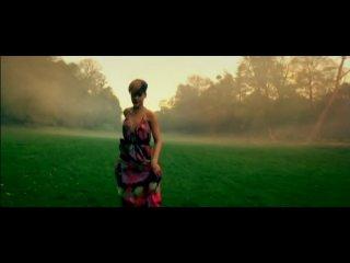 Rihanna - Ti Amo (клип шикарный...)