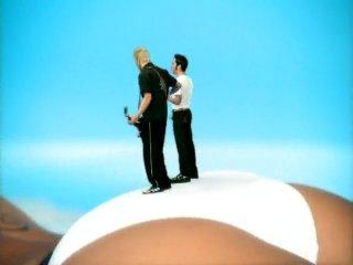 Lit feat Pamela Anderson - Miserable ...
