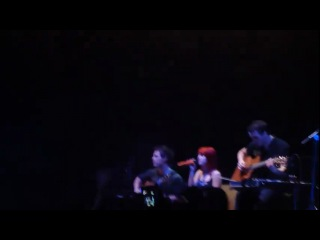Misguided Ghosts-Paramore (Auckland, New Zealand 8-10-10)