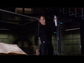 Гудзонский ястреб  (1991)  Перевод: А. Гаврилов-комедия Брюс Уилис