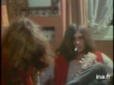 Kevin_Ayers_with_Mike_Oldfield_in_12-14-1970_(french_tv)