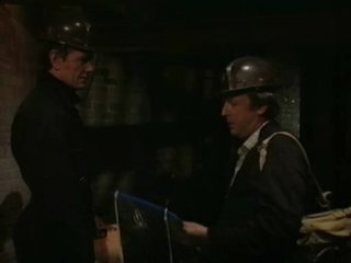 Classic Doctor Who 22х01/1 (Attack of the Cybermen - Part One)