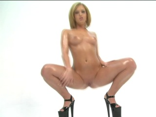 Стриптиз видео. Striptease. Sasha Knox. Big wet asses 8