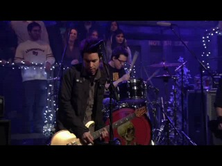 Chevelle - Letter From A Thief (Live on Late Night With Jimmy)