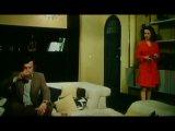 Фильм, где Ж-П Бельмондо делает укол в попу героине Лауры Антонелли
