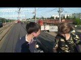 Катание на крыше поезда