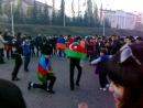"""""""Герой"""" Азербайджанской нации (чОткы и дэрскы каукасез)  танцует лИзгинку с братьями ормянами"""