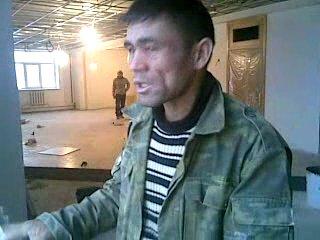 узбек поёт песню из индийского кино! хД